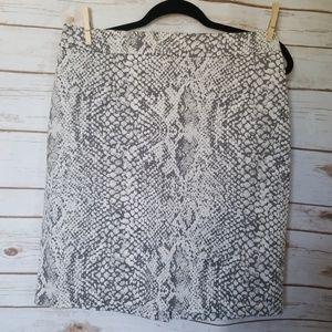 NY & Co Snake Print pencil skirt